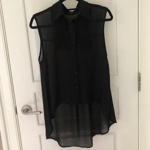 Millau LF Black Sleeveless Buttondown Blouse